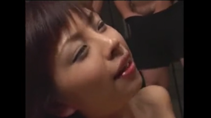 【紋舞らん】懐かしのAV女優、松浦亜弥似の、童顔巨乳美少女のねっとりフェラから顔射ぶっかけ!今でもエローい♡
