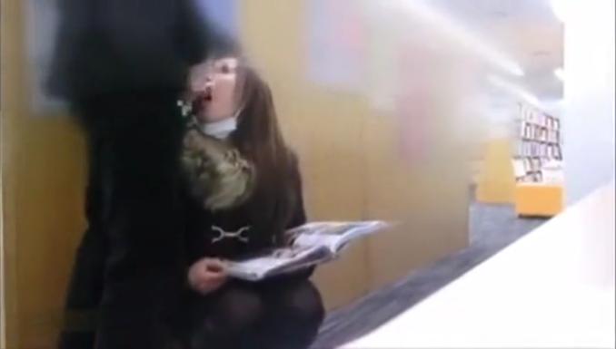 【個人撮影】ヤバ系映像が流出!図書館でジュポフェラ、トイレでイラマチオからバックでガン突き、口内射精!